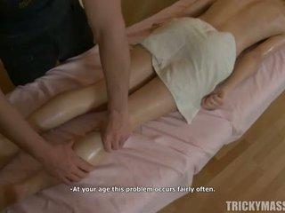 뜨거운 입 용 masseur