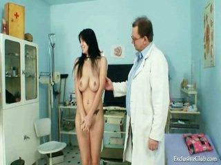 ใหญ่ knocker adriana นม shakes และ mound gyno สอบ ที่ เซ็กส์แปลกๆ clinic