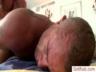 Two mature hunks baise par gotrub