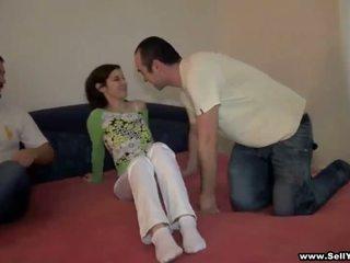 Follando su novia y otro chico fims ella