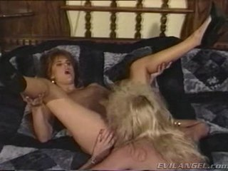 2 Lesbian Babes Licking, Fingering & Toying Each Others Holes