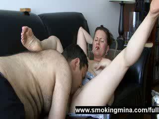 u porno thumbnail, roken, u buis thumbnail
