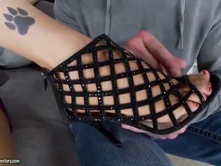 Panas gadis giving seks kaki dan menunggang zakar/batang