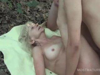 groot ouder, oma, u masturbatie scène