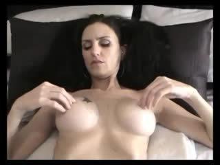 nominale brunettes vid, milfs video-, mooi masturbatie thumbnail