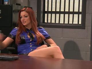 brunette video-, lesbiennes scène, een redhead