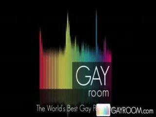 Gayroom hawt buff guy