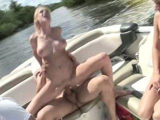 hard fuck gepost, tieners mov, yacht porno