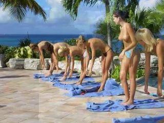 Stark desnudo entrenamiento