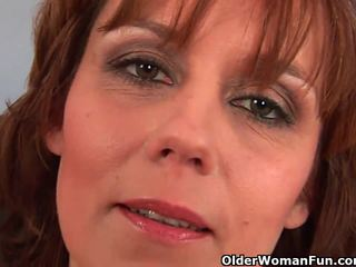 cougar, hot mom, hq mommy scene