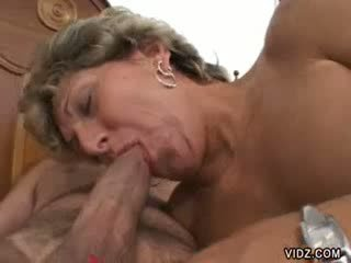 Oma prostituierte xena has so gaping holes