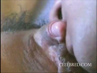 Seksual gyz with a big amjagaz closeup oýnawaç amjagaz licking missioner zartyldap maýyrmak sürmek doggy öýde ýasalan