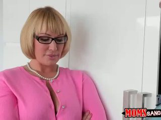 Katerina is cool with 3some with stepmom
