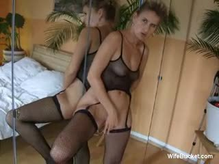 Wife in lingerie gets a creampie