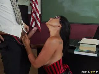 Kiara Mia Slurps On Her TeaChers Dong For AdditIonal Merit