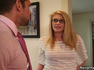 Hung Bloke Cheats Onto Cougar About His Sexy Nerdy Babysitter Allie James
