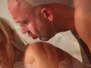pounded hotteste, blows, blond