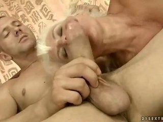 Lusty babcia gets fucked ładne ciężko