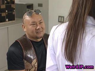 Asami ogawa screwed द्वारा कुछ muddy guy