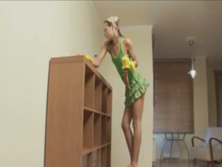 ivana cleaning motel and sucking cock