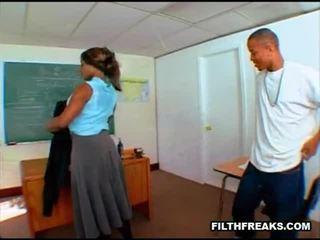 milf sex, nominale zwarte kont gepost, een zwart ebbenhout moeders video-