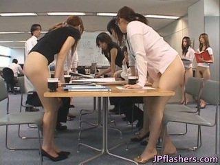 Aziýaly secretaries porno images