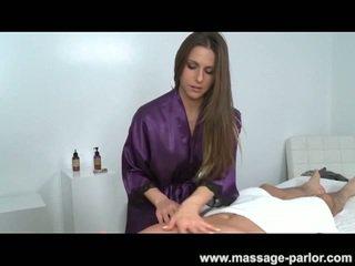 Massage neuken met brunette rachel roxxx