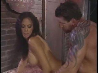 Olivia del rio recieves a sticky jizzload on that boyr pasuryan