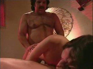 een brunette gepost, hq cum porno, meer gelaats scène