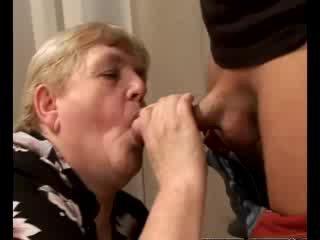 हॉर्नी ग्रॉनी gilf swallowing बेब डिक
