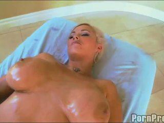 sexe hardcore, qualité baiser chienne aux gros seins tout, sexe hardcore fuking nouveau