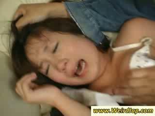 Stramt bodied asiatic maids gets pedepsit