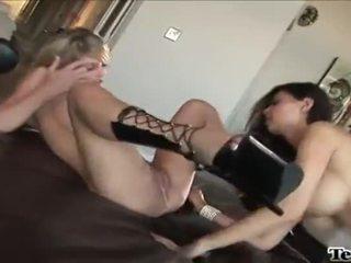 nominale spotprent mov, echt neuken, kijken lesbisch seks
