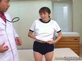 Sexy Japanese Girl Sucking Her Doktors