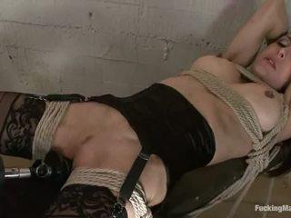 Cytherea toyed hård och squirting tung