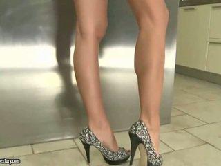 voet fetish vid, vol solo girls film, controleren lange benen mov