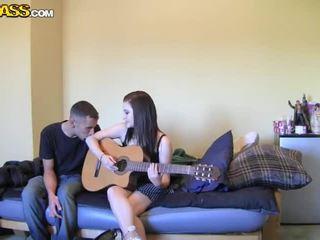 Couples having खुली हवा सेक्स vidios