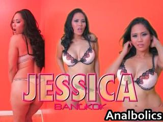 Asia lesbian saperangan kiss and show off