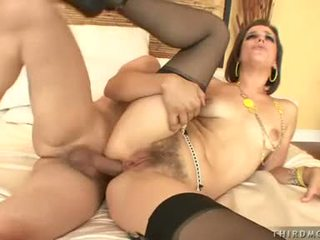 Cum Longing Whore Bobbi Starr Opens Her Mouth For An Awesome Sexy Jizzload