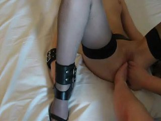 Amature couple hard fist and huge dildo