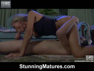 Ninette robin quente mãe em vídeo
