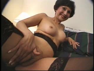 Diwasa asia woman strokes two men on hotel bed