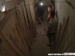 Shocking shots alkaen eastern eurooppalainen underground brothel