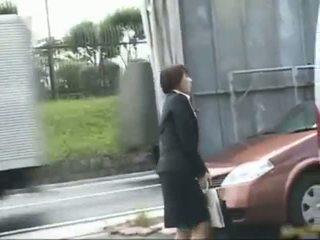 Frustrated アジアの 女性 has 公共 セックス jav part5
