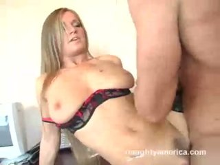 Breasty sekretaris rita faltoyano receives rammed hard at the kantor