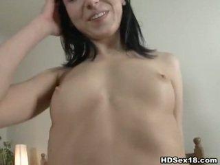 online brunette, echt jong, nice ass mov