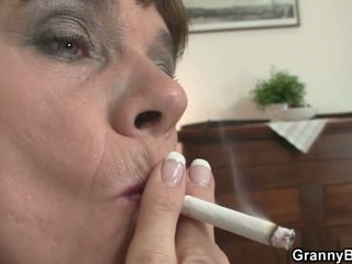 nieuw grootmoeder film, moms and boys video-, heetste kousen