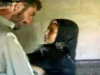 Caldi arab ragazza 2