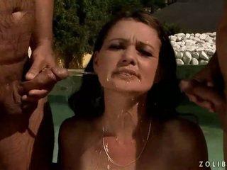 meer pissing neuken, meer pis neuken, zien watersport neuken