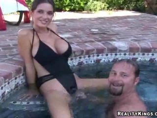 gratis brunette neuken, realiteit porno, meer grote borsten thumbnail